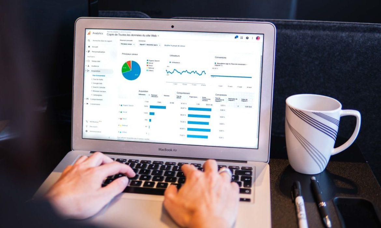 5 krokov ako zdieľať svoj Google Analytics bez zdieľania svojho Google účtu