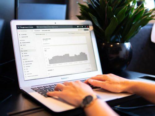 5 krokov ako zdieľať svoj Google Search Console bez zdieľania svojho Google účtu